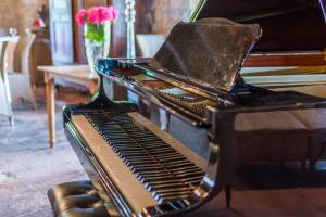piano courses with James Lisney